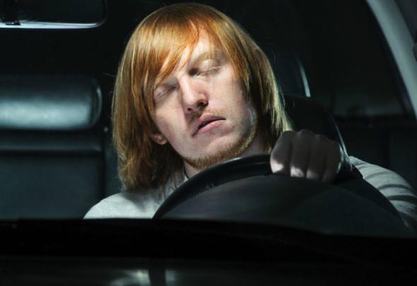 conducir-deshidratado-y-conducir-borracho-misma-peligrosidad