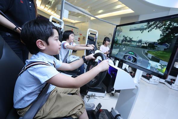simuladores-de-conducción-¿el-futuro-de-las-autoescuelas-realmente-está-en-la-realidad-virtual