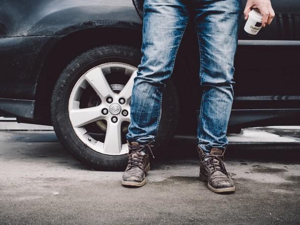 claves-para-cuidar-los-neumáticos-del-coche-en-verano