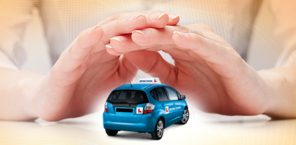 consejos-para-contratar-el-mejor-seguro-de-autoescuela