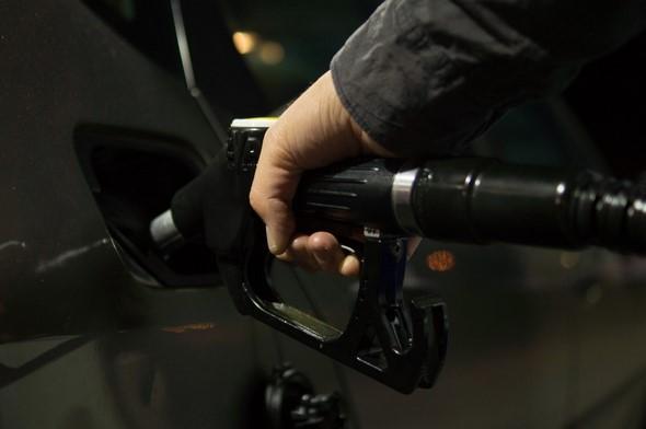 claves-para-ahorrar-conbustible-en-verano