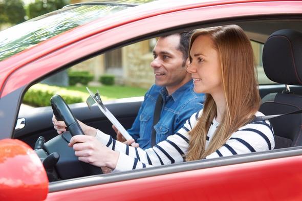 aprobar-examen-practico-de-conducir