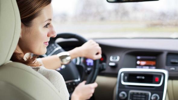 conductoras-menos-posibilidades-de-morir-al-volante-mujer