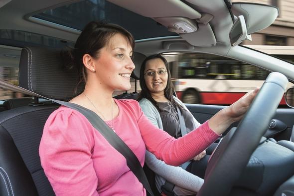 jovenes-peligrosos-al-volante-el-70-con-buenos-conductores
