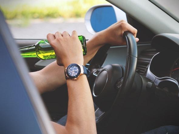 consejos-para-conductores-principiantes-alcohol