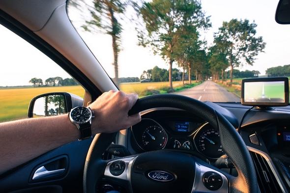 trucos-para-aprender-a-conducir-bien-mejores-practicas