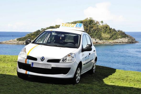 coches-para-autoescuelas-clio