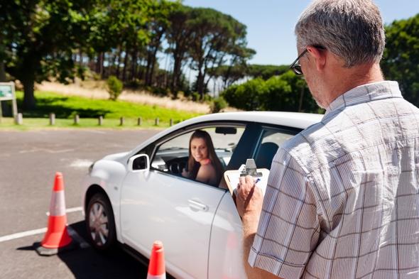 ayudas-para-el-carnet-de-conducir-de-2018