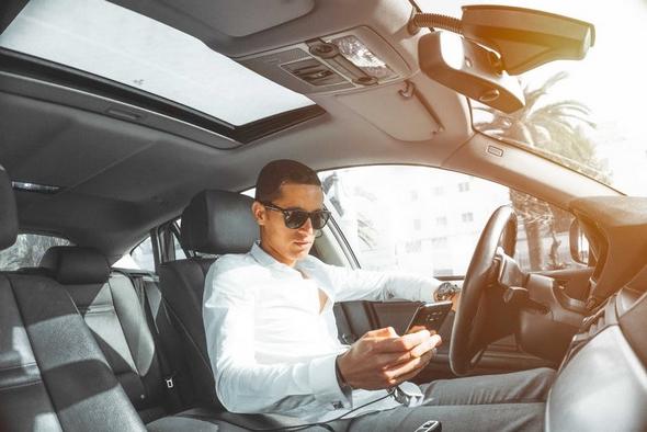 moviles-en-el-punto-de-mira-de-la-DGT-¿cuáles-seran-los-cambios-en-2018