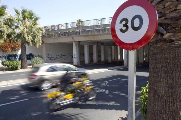 limites-de-velocidad-de-la-dgt-en-2019-30-km