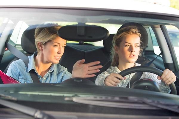 cuántas prácticas son necesarias para sacar el carnet de conducir-1